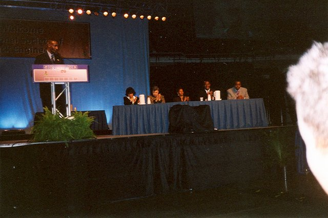Image name: NSBE_2003_2.JPG 